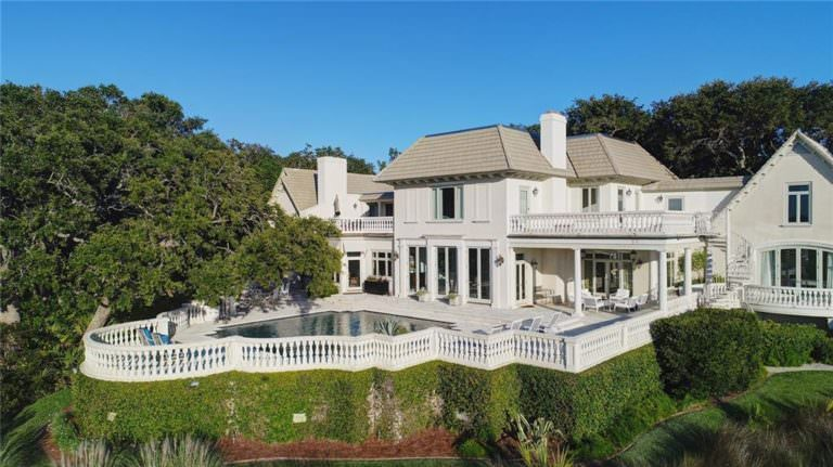 5 Topics to Research Before Buying Sea Island Real Estate