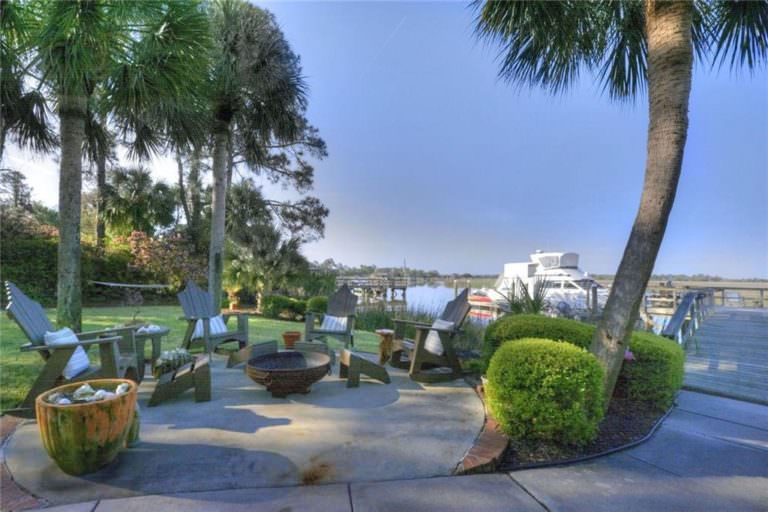 Negotiating the Price of St. Simon's Real Estate for Sale