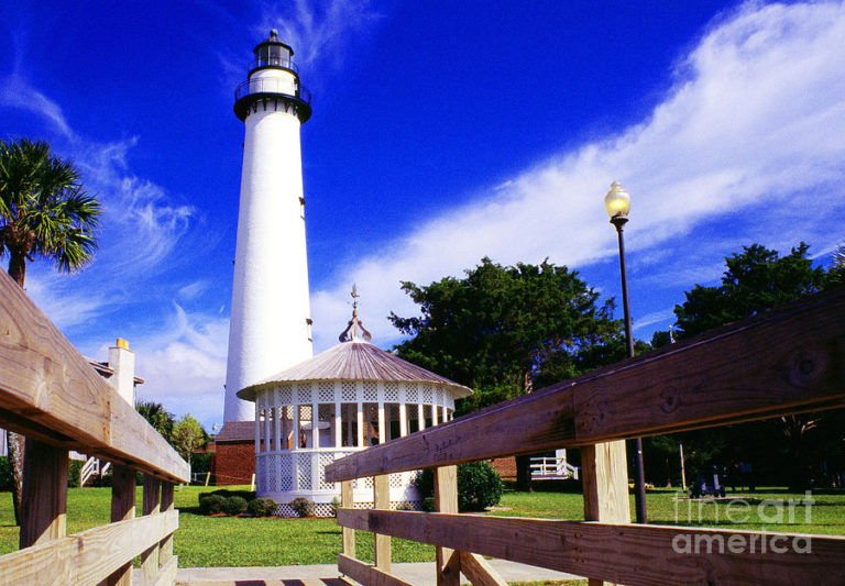 Why You Need to Visit St. Simons Island Lighthouse